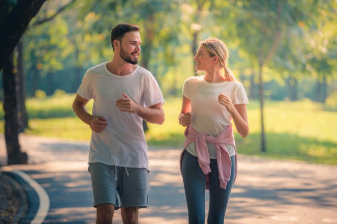Image of two people running for Relax, Renew, Refresh SmartHealth newsletter article